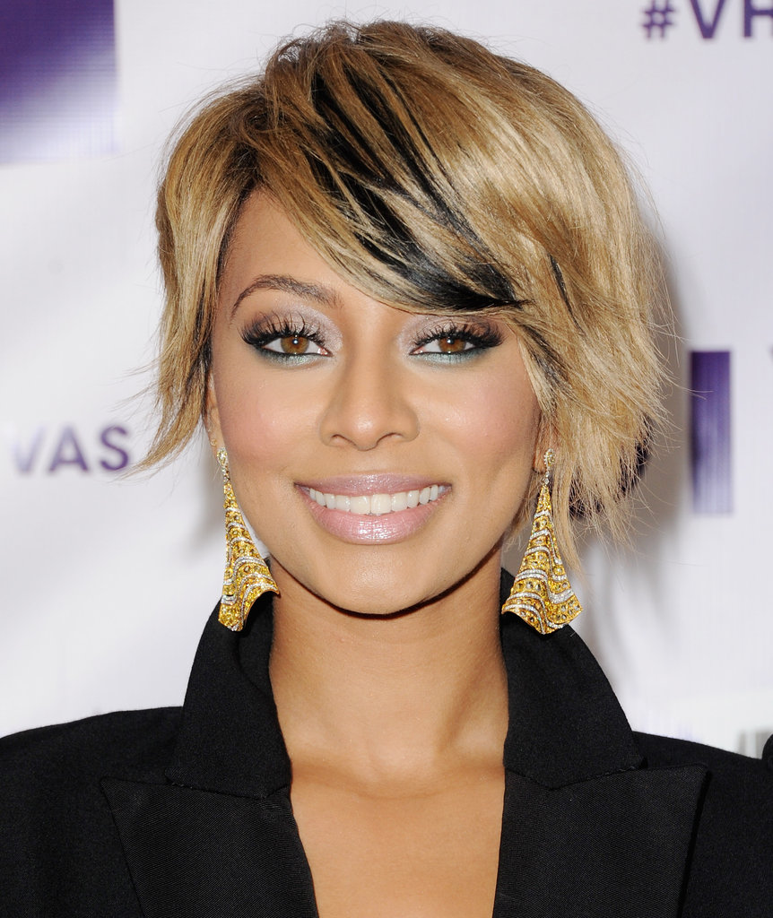 Keri Hilson walked the red carpet.