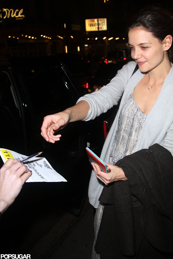 Katie Holmes spent time with fans after her Broadway show.