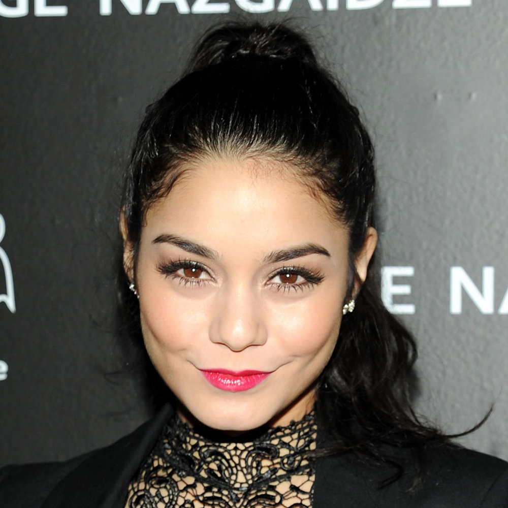Vanessa Hudgens' hot pink lip