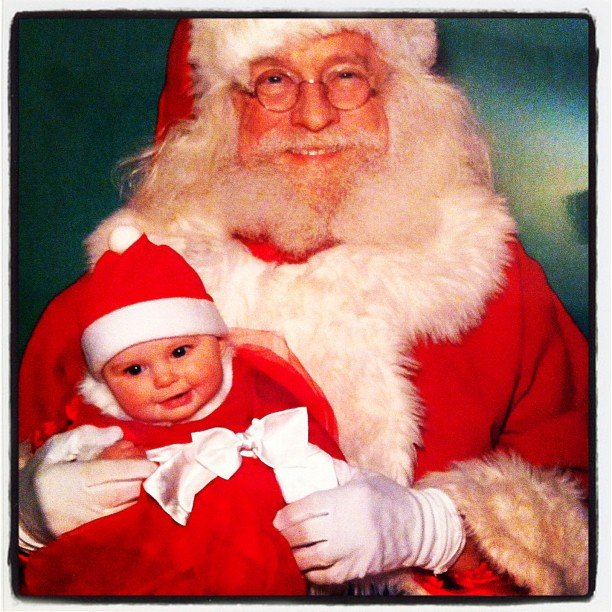 """Ho ho!"" — this little one knew to dress for the occasion!  Source: Instagram user vivigraysmom"