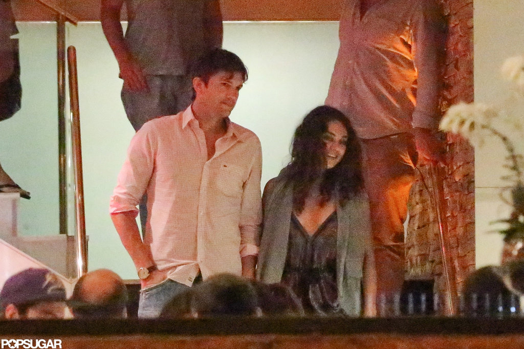 Ashton Kutcher and Mila Kunis had a romantic evening in Brazil.