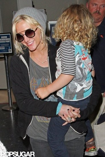 Ashlee Simpson and her son, Bronx Wentz, arrived in LAX with her mom, Tina Simpson.