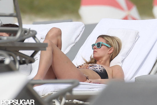 Nicky Hilton protected her eyes from the sun with cute blue sunglasses.
