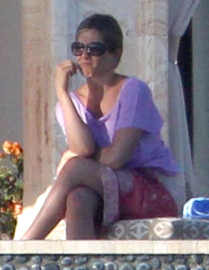 Jennifer Aniston has been enjoying a vacation in Cabo San Lucas, Mexico.