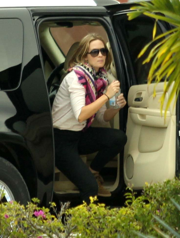 Emily Blunt prepared to fly out of Cabo.