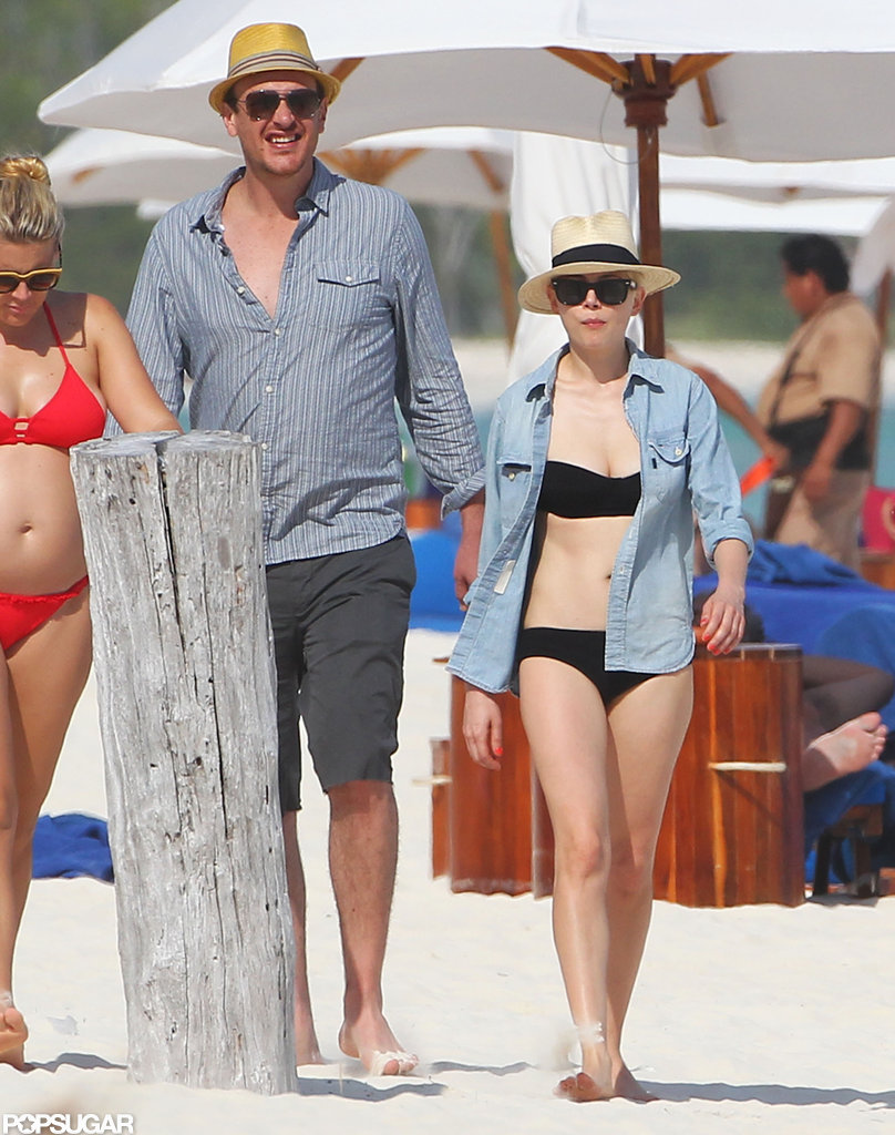 Michelle Williams, Jason Segel, and Busy Philipps vacationed in Cancun.