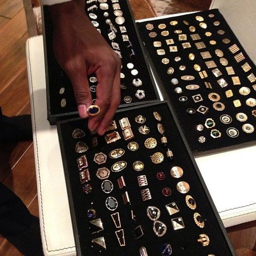 Diddy picked out cufflinks for the Golden Globes. Source: Twitter user iamdiddy