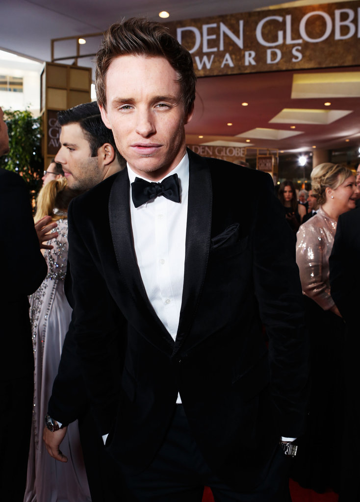 Eddie Redmayne posed at the Golden Globe Awards.