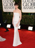 Anne Hathaway chose a white Chanel for the 2013 Golden Globe Awards.