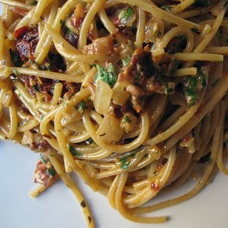Spaghetti With Creamy Sun-Dried Tomato Sauce Recipe