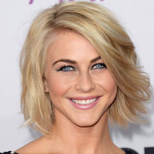 Julianne Hough's Beauty Look at the People's Choice Awards