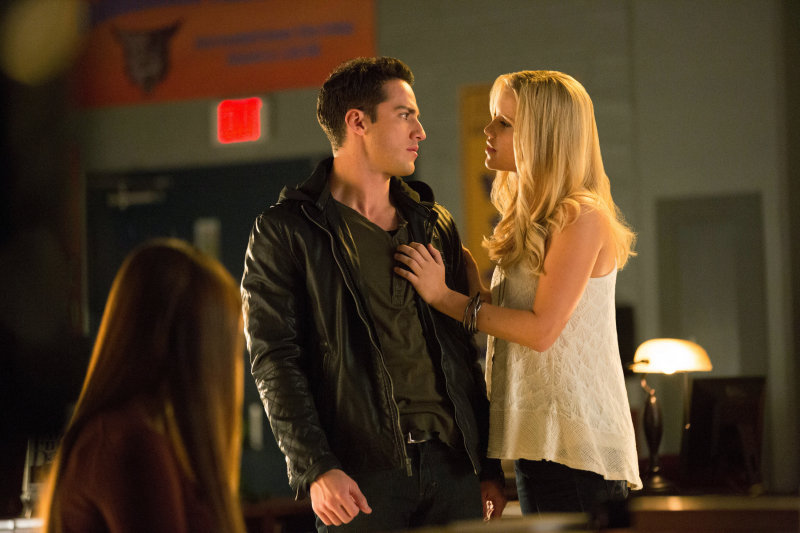 Rebekah gets a little friendly with Tyler (Michael Trevino).