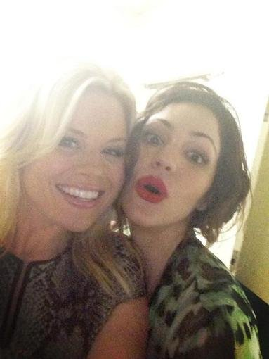 Smash star Megan Hilty joked that it was no fun hanging out with Katharine McPhee.  Source: Twitter user meganhilty