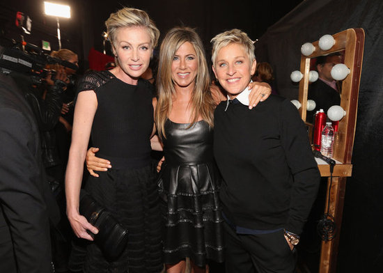 Jennifer Aniston Hangs With Ellen DeGeneres and Portia de Rossi at 2013 PCAs