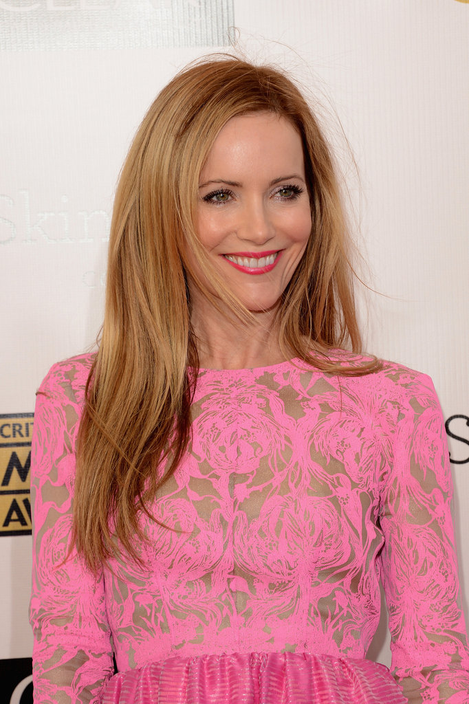 Leslie Mann had a smile on her face at the Critics' Choice Awards.
