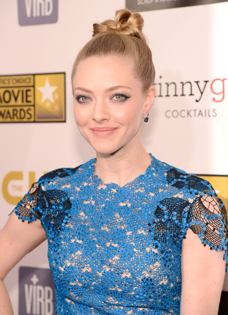 Les Misérables star Amanda Seyfried chose a blue lace gown with black details.