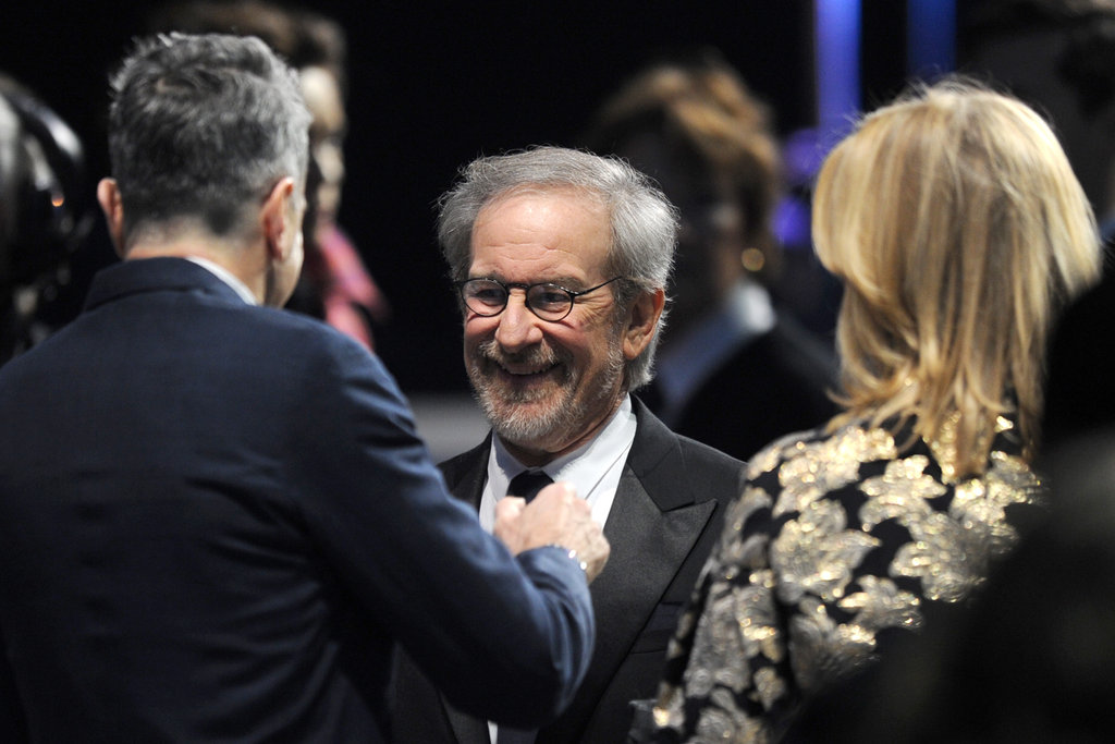 Steven Spielberg chatted with Lincoln star — and best actor winner — Daniel Day-Lewis.