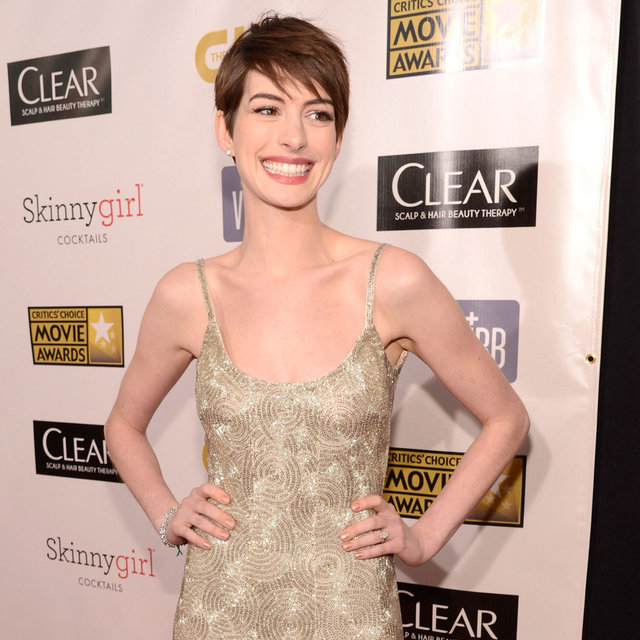 Anne Hathaway at 2013 Critics Choice Awards Red Carpet