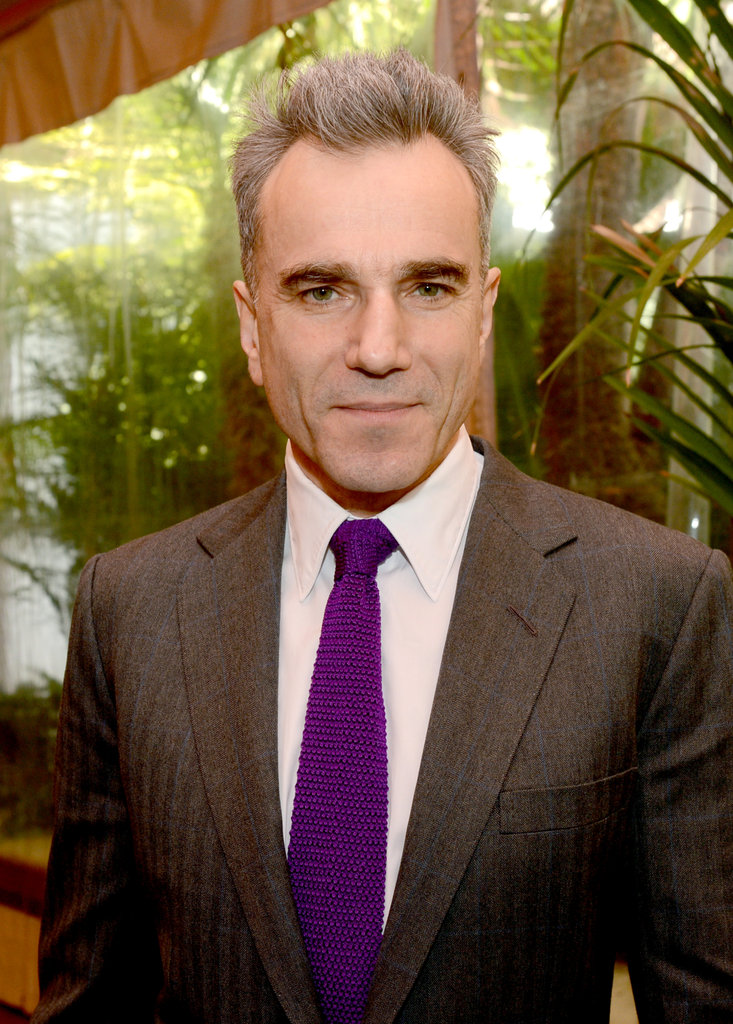 Daniel Day-Lewis wore a purple tie.