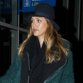 Jessica Alba Leaves Paris | Pictures