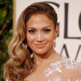 How to Get Jennifer Lopez's Wavy Hair