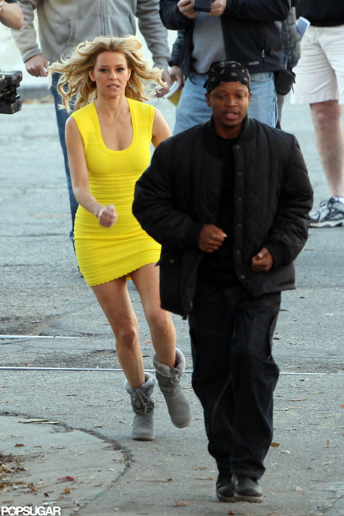 Elizabeth Banks wore a tight yellow dress while filming Walk of Shame.