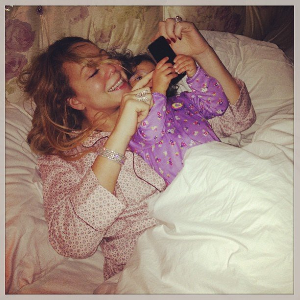 Mariah Carey had a viewing partner for her American Idol debut — and it looks like lil Monroe enjoys Instagramming with her mama too. Source: Instagram user mariahcarey