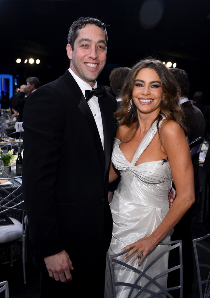 Sofia Vergara and her fiancé, Nick Loeb, showed their smiles.