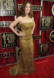 Jennifer Garner Goes Gold in Sequins at the SAG Awards