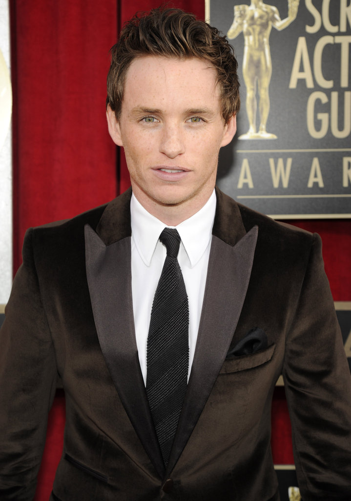 Eddie Redmayne Goes Brown at the SAG Awards