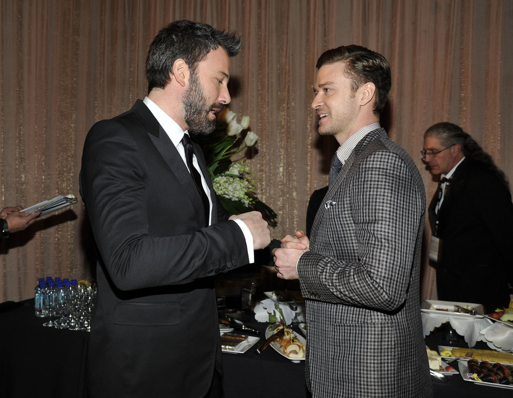 Ben Affleck stopped to chat backstage with Justin Timberlake.
