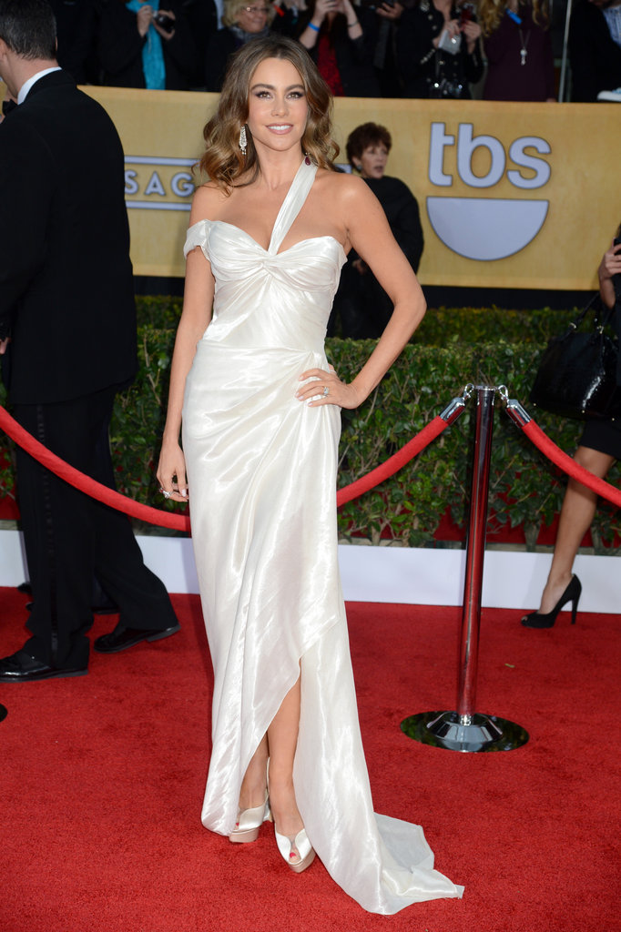 Sofia Vergara chose a white gown for the 19th Annual SAG Awards.