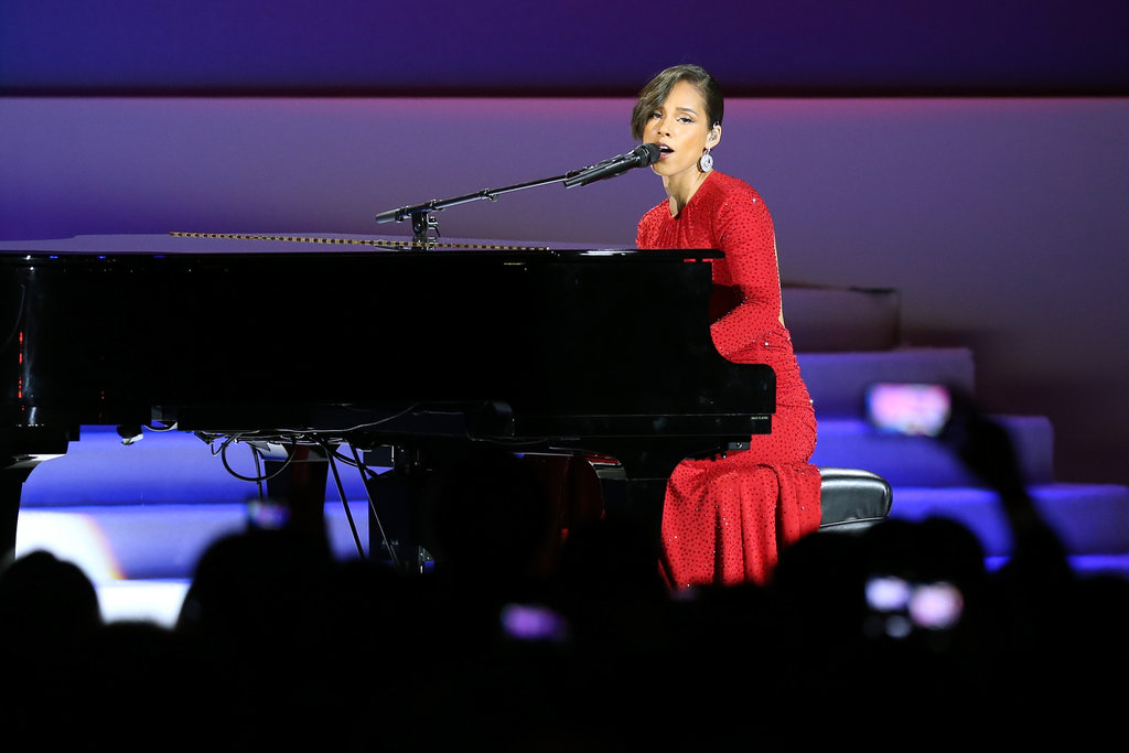 Alicia Keys looked amazing as she performed for a captivated audience at The Inaugural Ball.