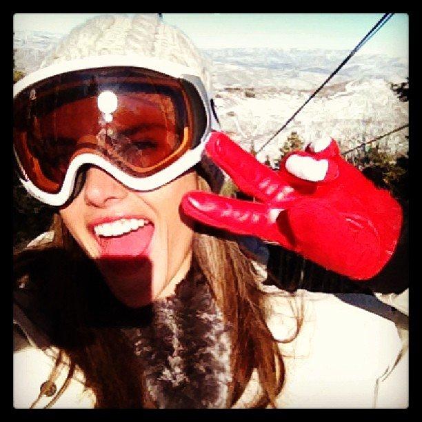 Alessandra Ambrosio hit the slopes in Park City, UT. Source: Twitter user AngelAlessandra