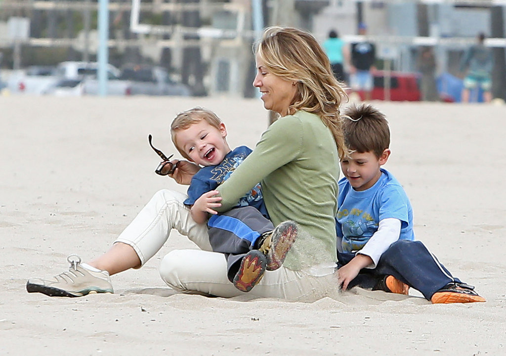 Sheryl Crow hung out in Venice Beach, CA, with her sons, Wyatt and Levi.