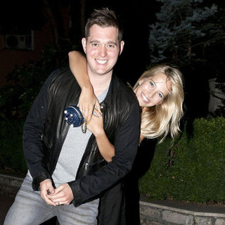 Michael Buble and Luisana Lopilato Cute Pictures