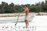 Orlando Bloom showed off his paddleboarding skills in Mexico.
