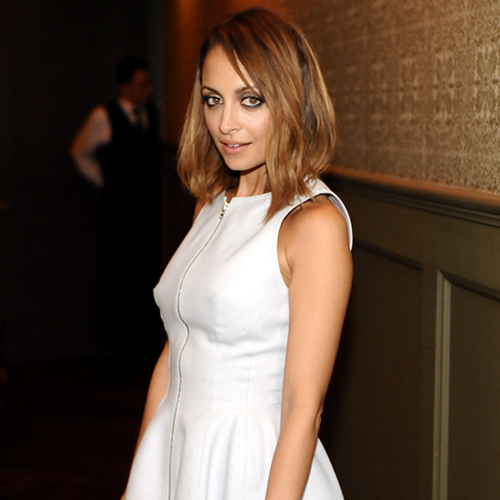 Jennifer Lopez in White Dress 2013 (Video)