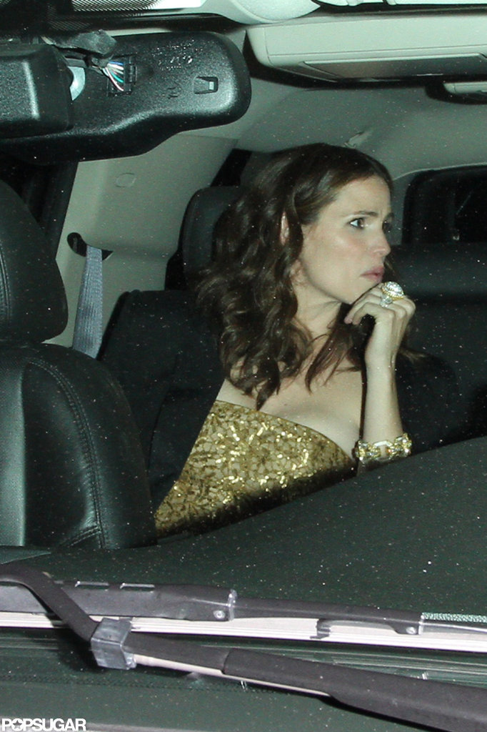Jennifer Garner talked with Ben Affleck as they left an afterparty.