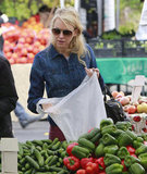 Naomi Watts browsed through the vegetable selection at the Brentwood Farmers' Market.