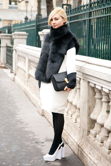 Opt for some major impact with dramatic white and black contrasts in luxe finishes and bold accessories. Source: Adam Katz Sinding