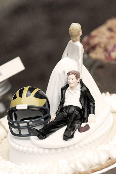 Helmet Cake Topper