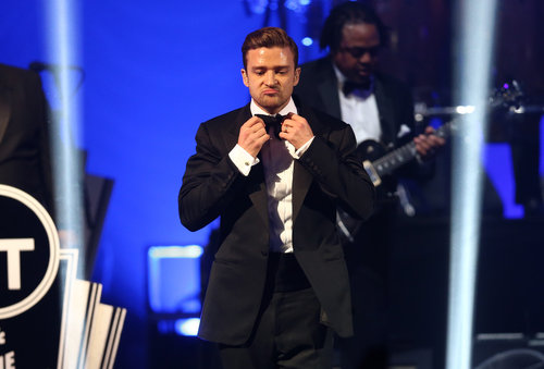 "Justin Timberlake sported a cute pout during his ""Suit & Tie"" performance Saturday night at the DIRECTV Super Saturday night."
