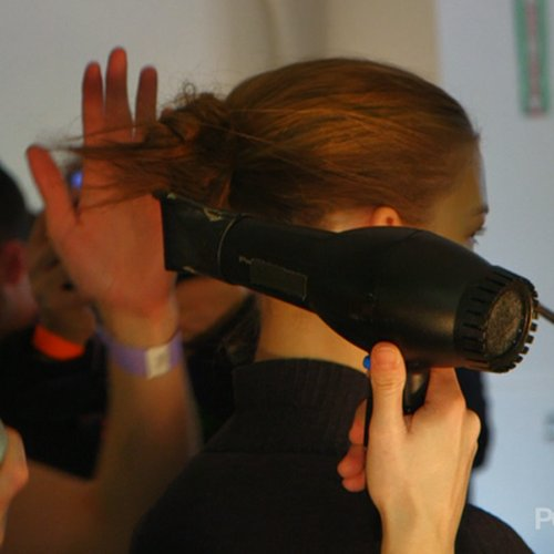 How To For the Hair at 2013 NYFW Prabal Gurung