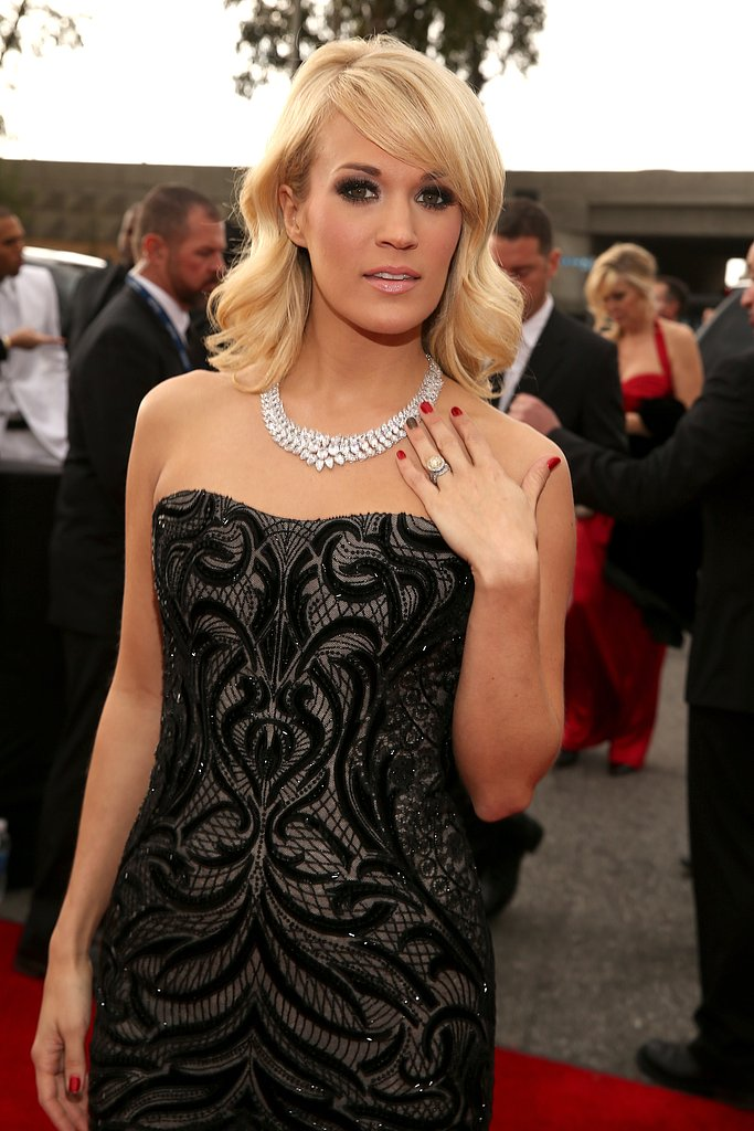 Carrie Underwood Blings Out at the 2013 Grammys