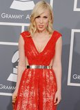 Natasha Bedingfield's metallic silver belt injected high shine to her red gown.