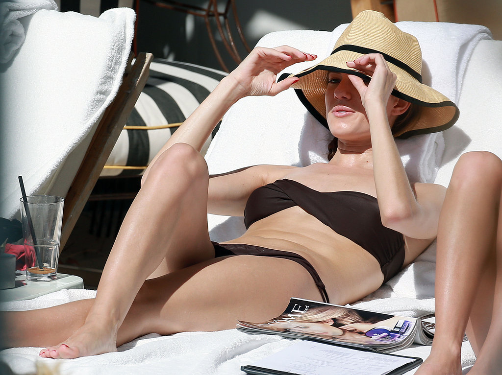 Allison Williams Suits Up in a Bikini For Super Bowl Sunday