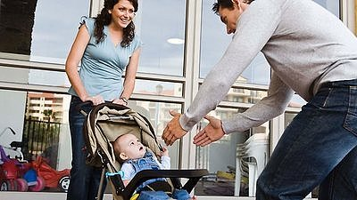 Cafe Outrages Parents with No-Stroller Policy