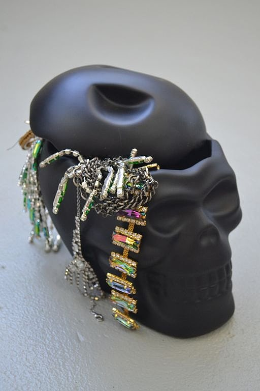 The keeper of my jewels. This glamourously tough skull treasures my handfuls and handfuls of necklaces & rings.