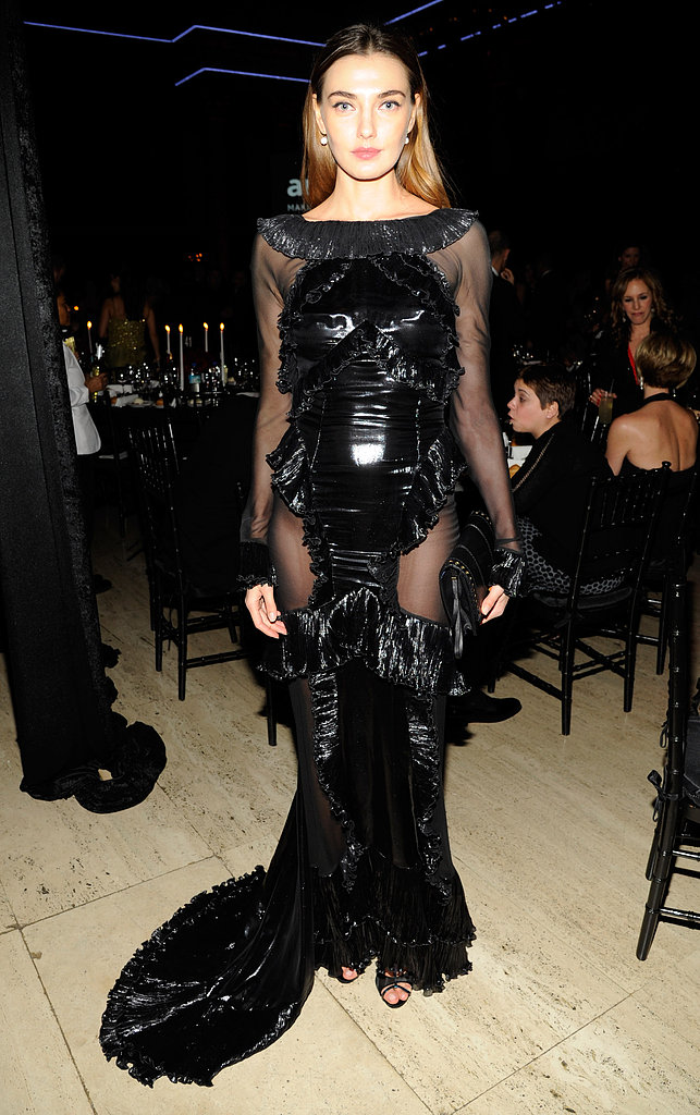 Alina Baikova wore black to the amfAR New York Gala.